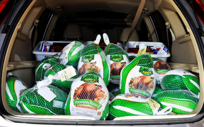 Thanksgiving Baskets (1)
